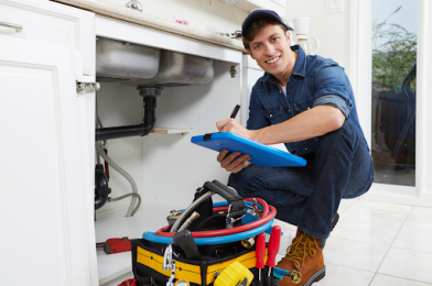 10 Good Reasons Why You Must Prefer to Hire A Professional Plumber